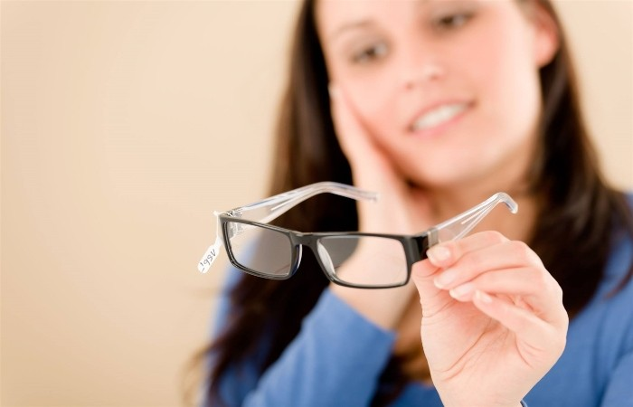 Người cận thị có thể áp dụng nhiều cách khác nhau để cải thiện thị lực
