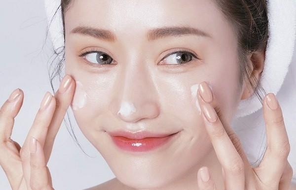 serum se khít lỗ chân lông dưỡng ẩm cho da