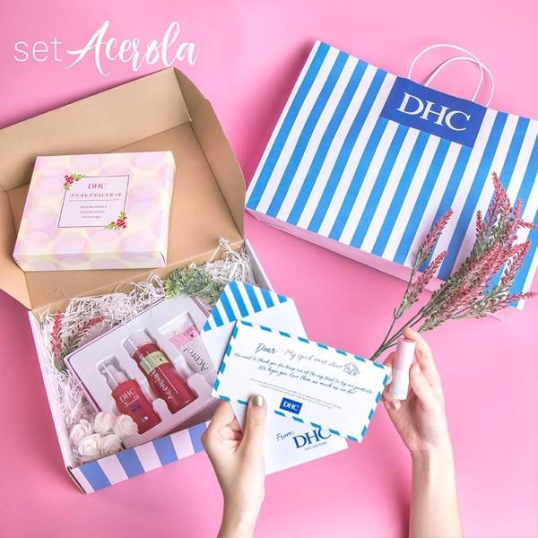 Bộ quà tặng DHC cho phái đẹp