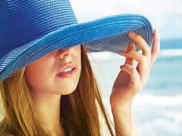 Ánh nắng mặt trời gây thâm môi