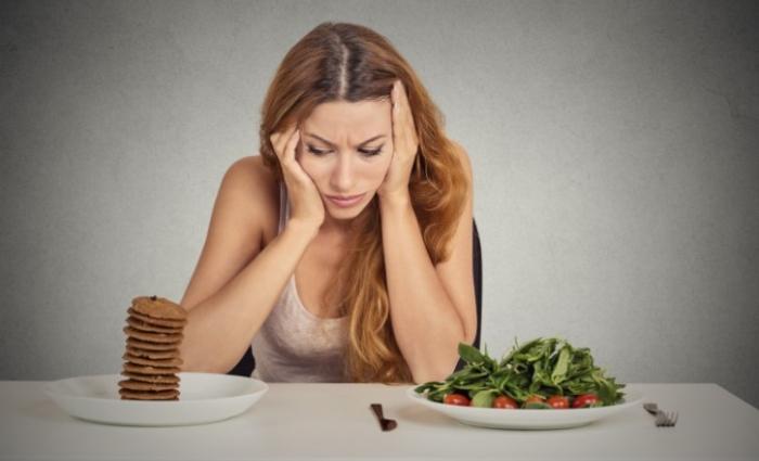 Uống collagen có vị tanh sẽ khiến bạn mất đi cảm giác ngon miệng khi ăn