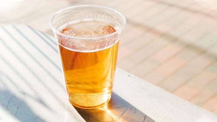 Phơi bia trước khi dùng để giảm nồng độ cồn