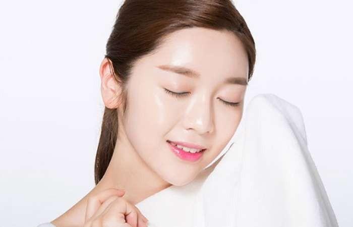 Xông hơi giúp làm sạch sâu da mặt