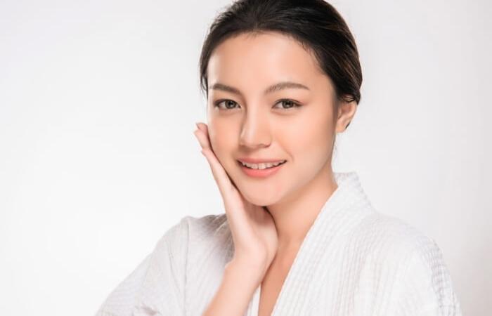 Phụ nữ từ 25 tuổi trở đi nên chú ý bổ sung vitamin E nhiều hơn để có được một làn da đẹp