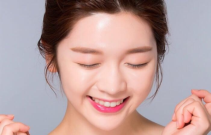 Vitamin E có tác dụng chăm sóc da luôn tươi trẻ, rạng ngời