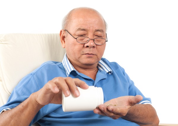 vitamin tổng hợp cần thiết cho người lớn tuổi
