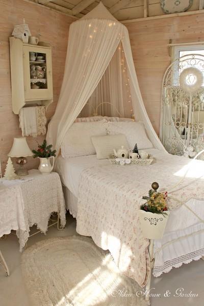 các mẫu màn ngủ đẹp cho bé gái