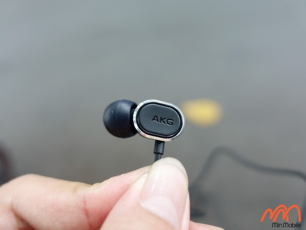 Tai nghe Samsung AKG N28