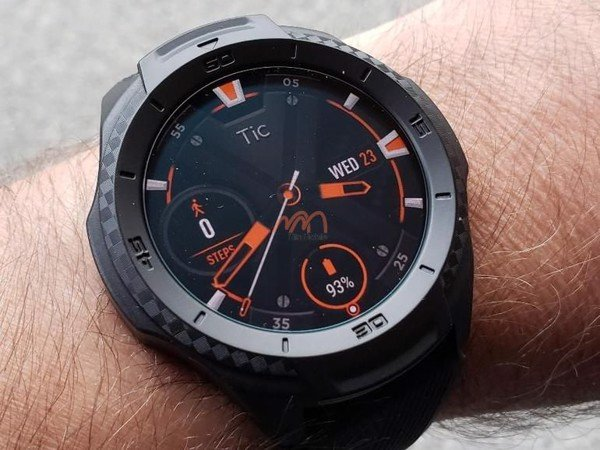 kinh-cuong-luc-dong-ho-ticwatch-s2-4