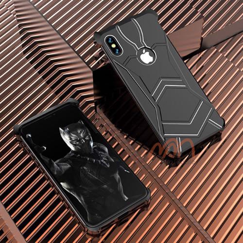 op-lung-iphone-xs-r-just-black-panther-5