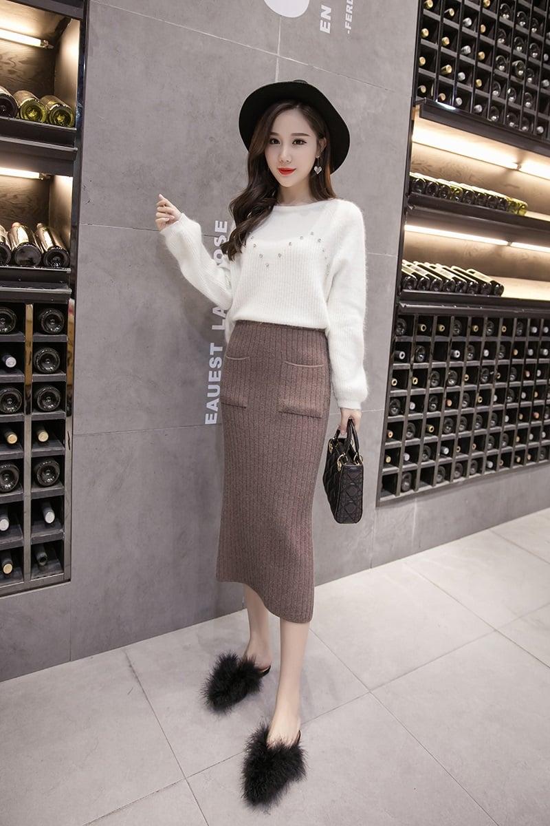 Chân váy bút chì len cho mùa đông mang phong cách hiện đại