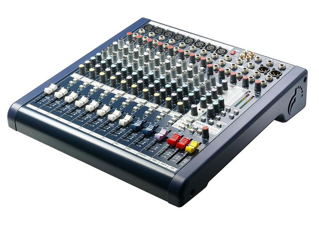 mixer-soundcraft-mfx-8-2