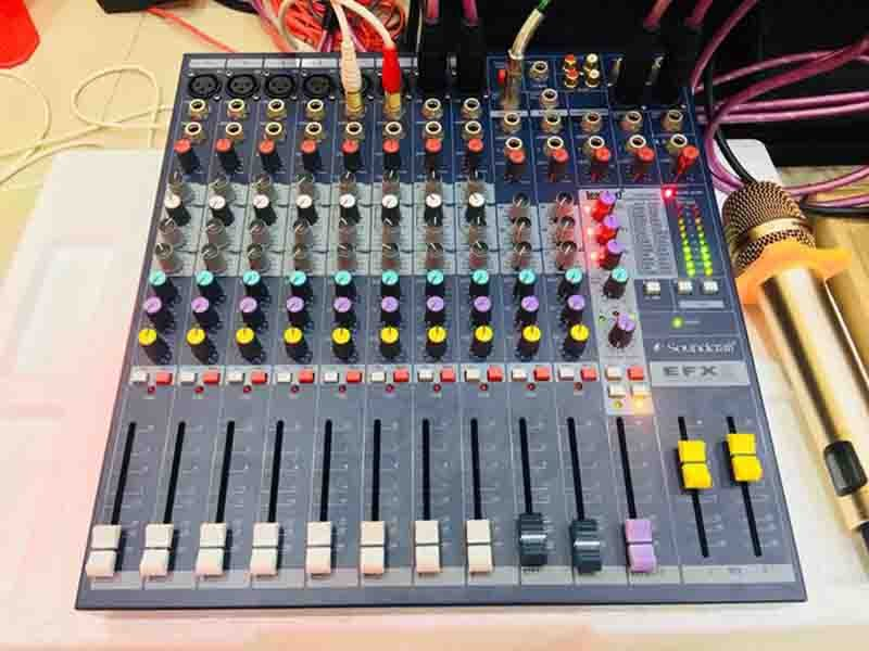 mixer-soundcraft-efx-8-gia-tot-tai-dien-may-ruby