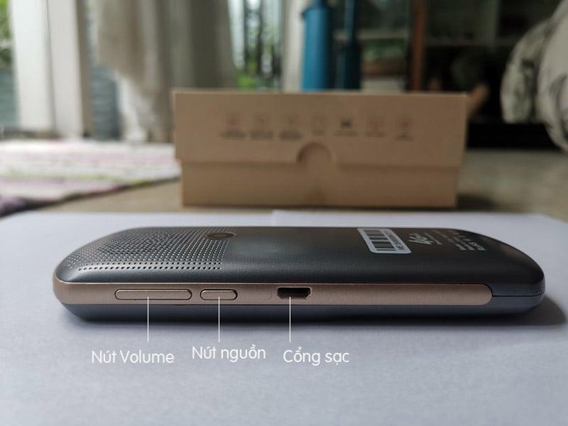 Máy phiên dịch đa ngôn ngữ qua giọng nói Aturos F18 (Màn hình cảm ứng 2,4 inches, Wifi 4G, dịch Tiếng Việt, dịch offline)