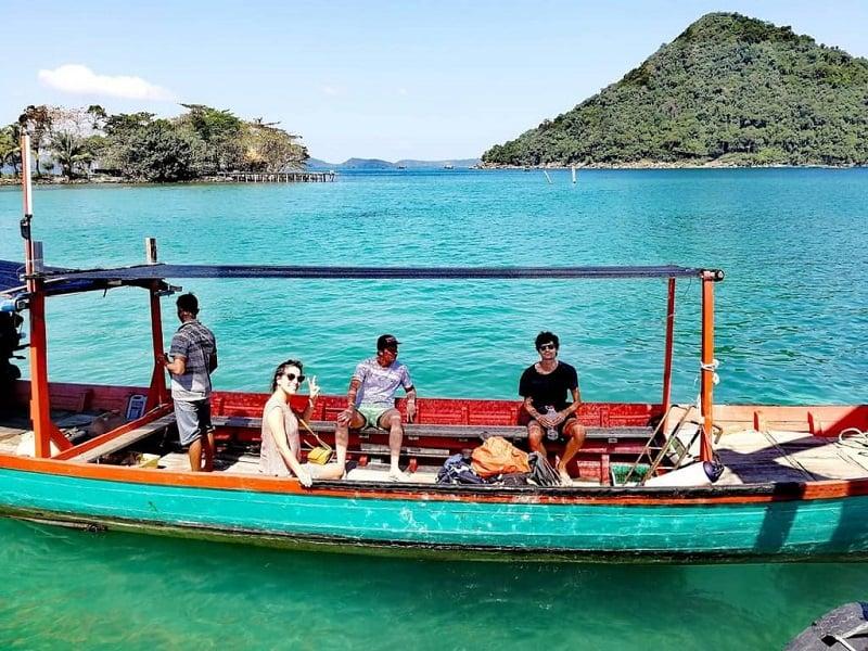 đi thuyền đảo Kohrong