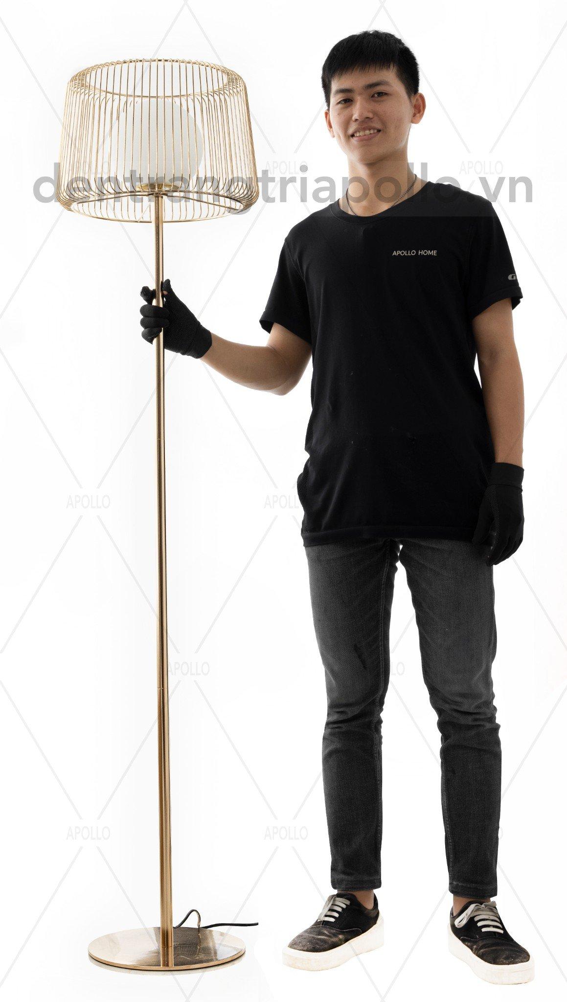 đèn đứng hiện đại cao cấp