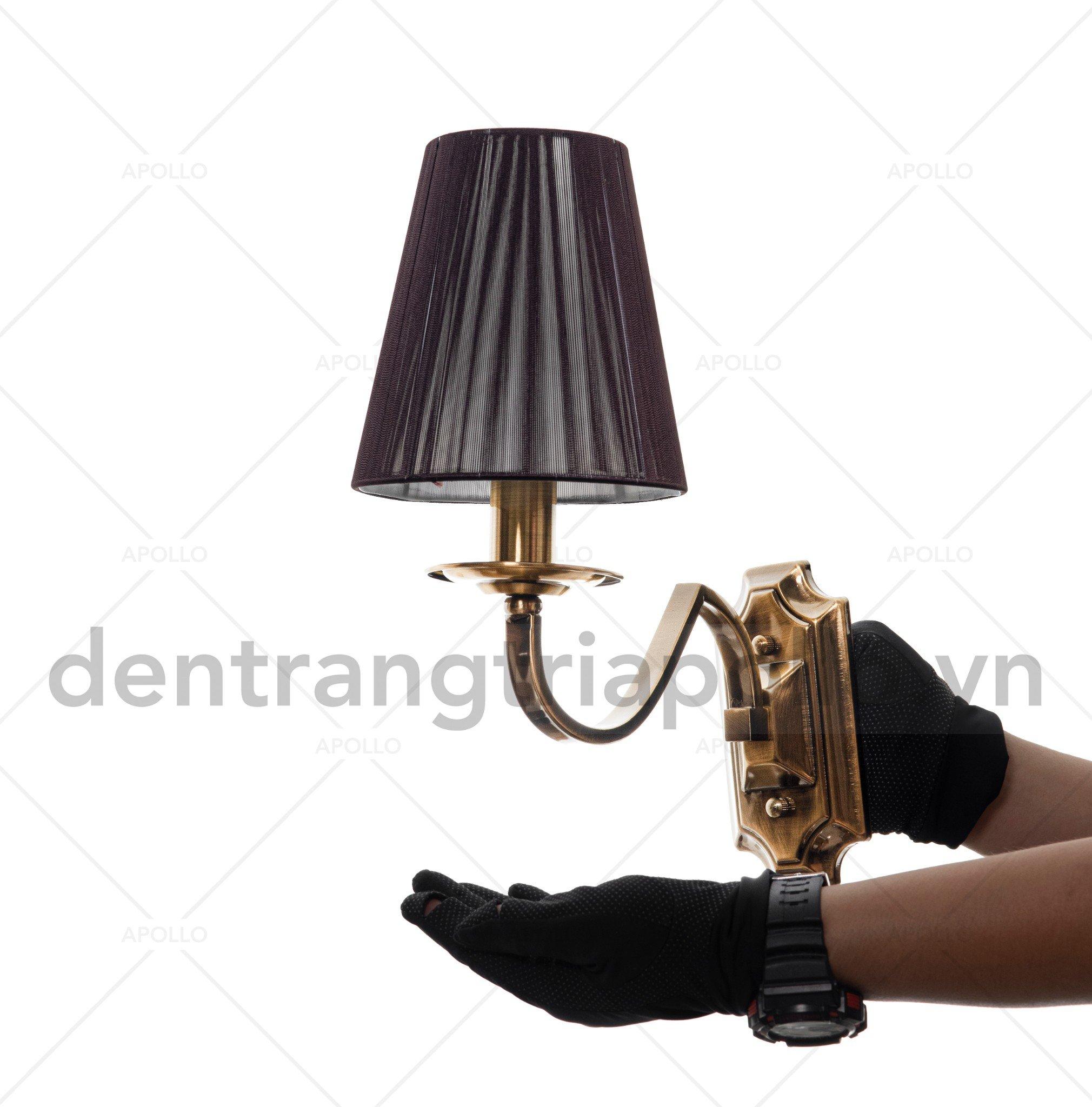 đèn tường cổ điển chao vải