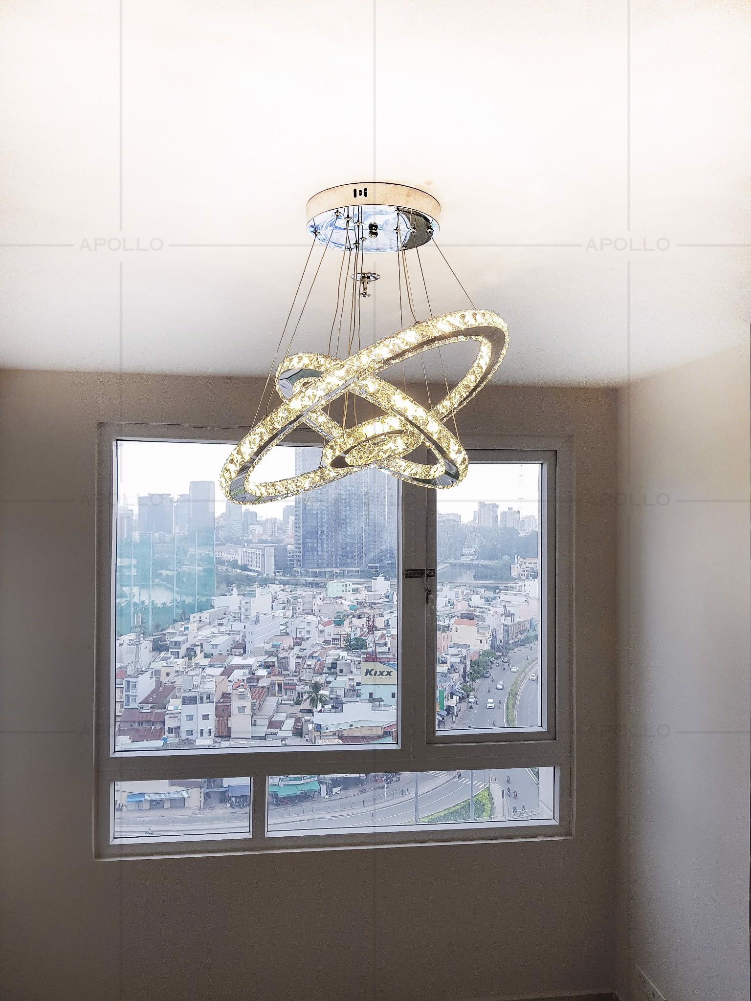 đèn thả pha lê 3 vòng hiện đại trang trí phòng khách