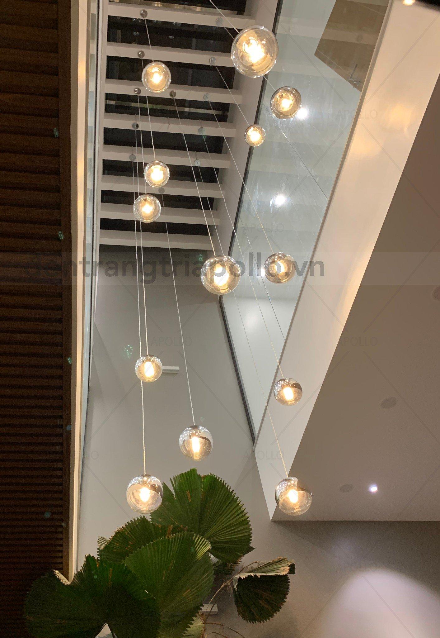 đèn thông tầng hiện đại sang trọng