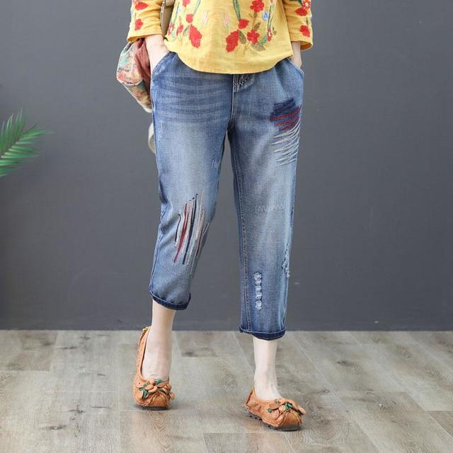phối đồ với quần baggy jeans Áo họa tiết nổi bật