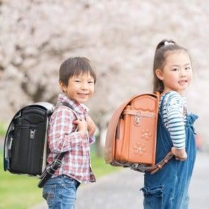 Cặp chống gù lưng Nhật Bản: Phân biệt hàng chính hãng và hàng nhái