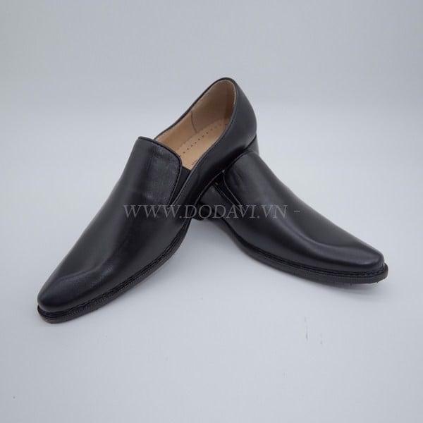 dodavi 3 diem khac biet giua giay nam cao cap va giay nam binh dan 1 f4fb600abf954393bb294b054d39902a grande Làm thế nào để lựa chọn được shop giày nam đẹp?