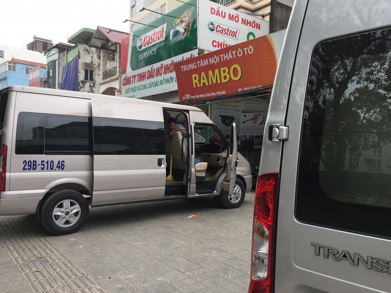 Phu kien o to Ford Transit 2019 tai ha noi - Full đồ chơi lắp đặt tại Rambo