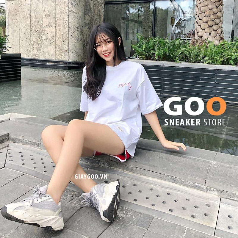 yeezy 700 outfit