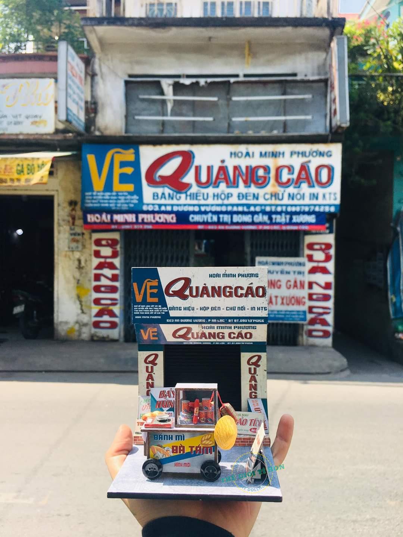Tiệm vẽ quảng cáo được phục dựng thành mô hình Sài Gòn xưa thu nhỏ.