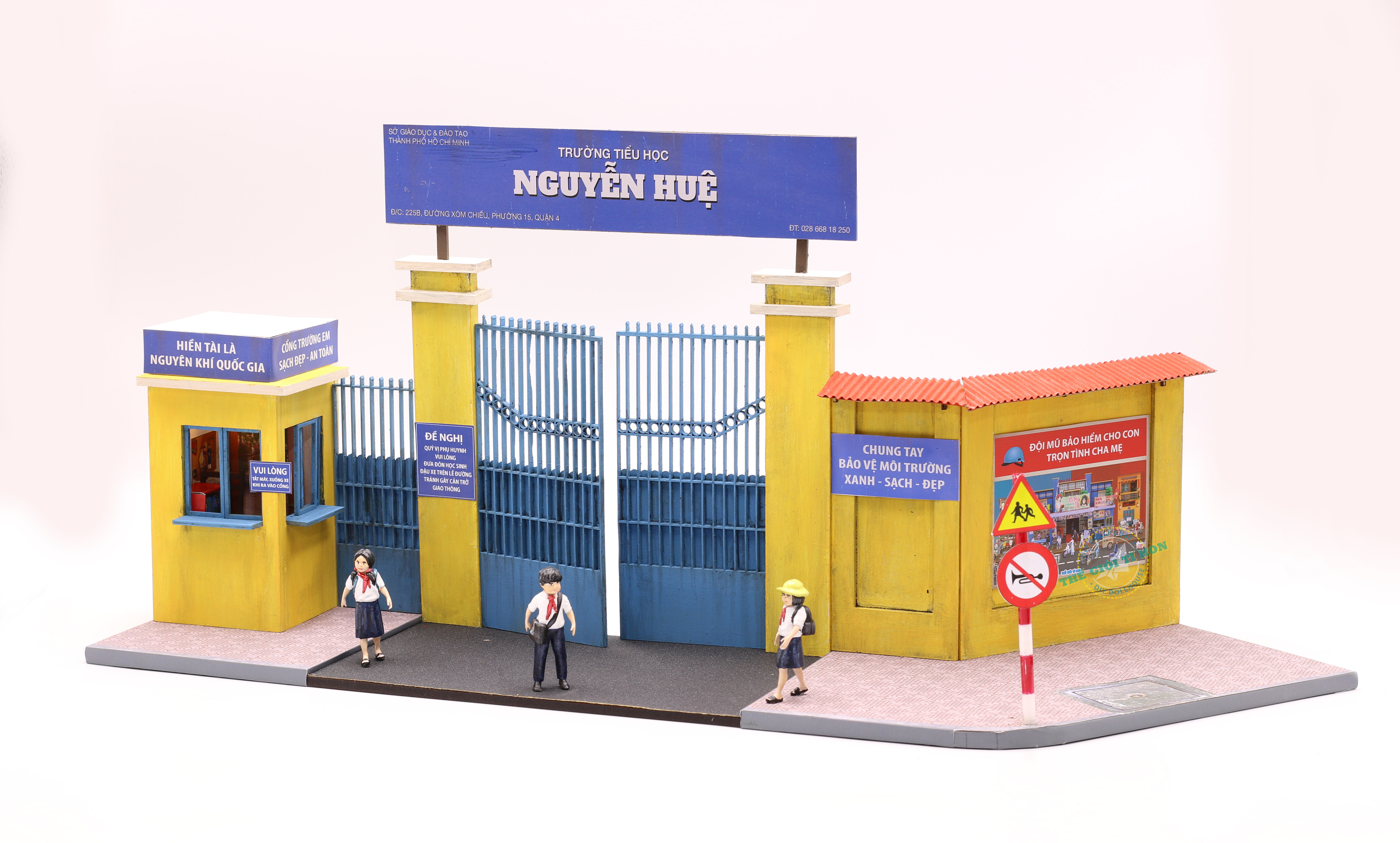 mô hình gỗ diy ký ức học trò - mái trường xưa Sài Gòn - GP02 (1)