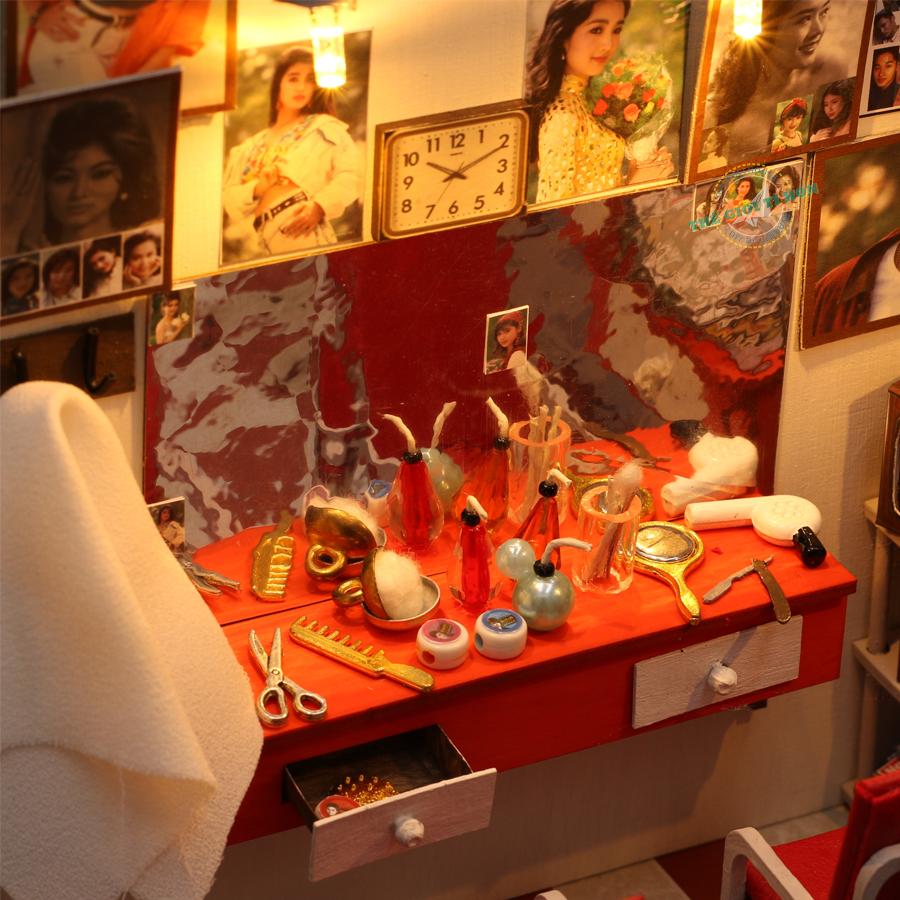 Mô hình tiệm hớt tóc tí hon ở Sài Gòn - Hớt Tóc Thời Đại