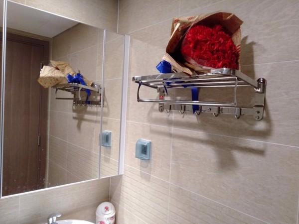 kệ nhà tắm , dung cu nha tam , kệ để đồ nhà tắm , kệ để đồ , giá treo tường , kệ phòng tắm inox , kệ phòng tắm inox 304 , kệ phòng tắm cao cấp , kệ nhà tắm 2 tầng , kệ inox cho phòng tắm