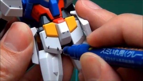 Cách kẻ lằn chìm Gunpla bằng Gundam Marker