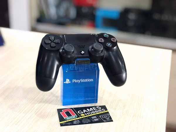 PS4 console store for playing PC