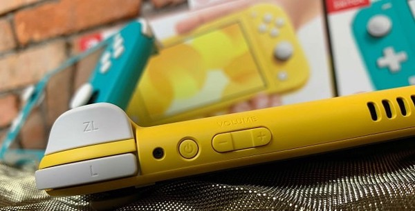 hình ảnh cận cảnh Nintendo Switch Lite