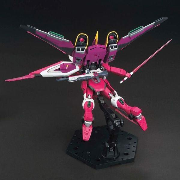 Infinite Justice Gundam hg bandai
