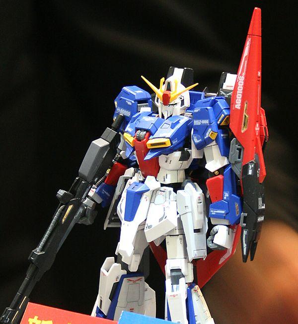 mô hình Zeta Gundam RG Nhật Bản