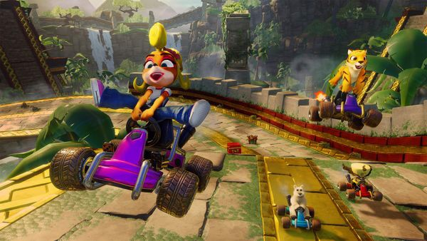 mua game CTR Crash Team Racing Nitro Fueled cho PS4 đua xe cáo