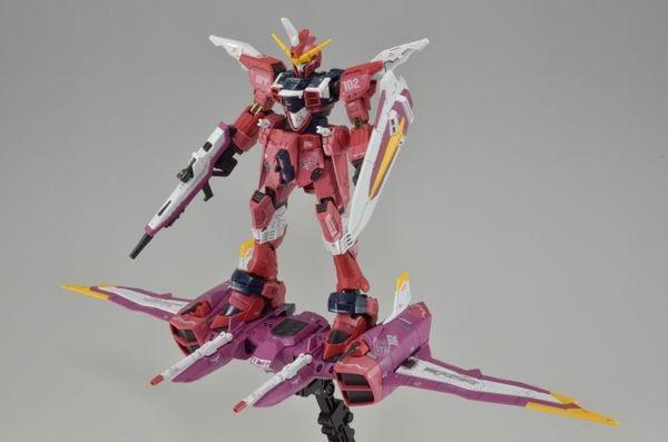 mua Justice Gundam RG tại Việt Nam