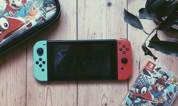 Nintendo Switch cũ hot trend