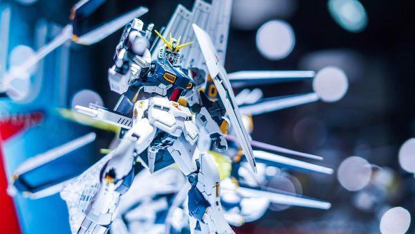 Nu Gundam rg siêu đẹp