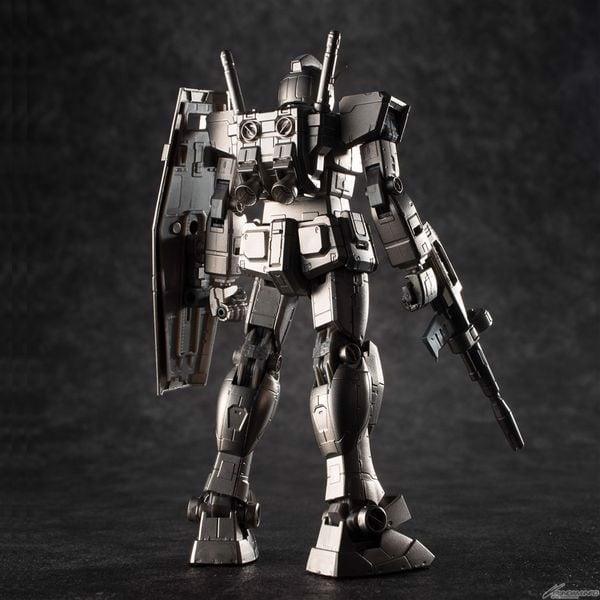 RX-78-2 Gundam Gundarium Alloy Nhật Bản