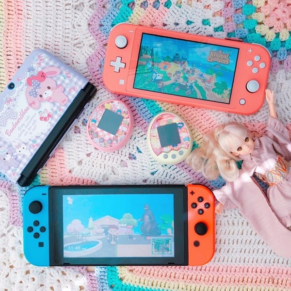 switch lite coral vs switch v2