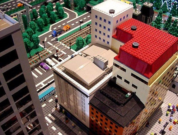 THE BIG UNOFFICIAL LEGO BUILDERS BOOK BUILD YOUR OWN CITY