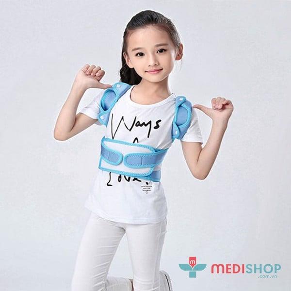 Đai đeo chống gù lưng cho trẻ em