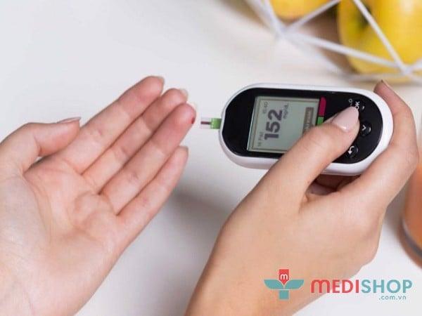 Đo đường huyết cho trẻ bị tiểu đường ngay tại nhà