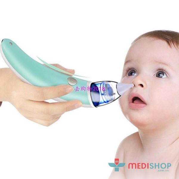 Không dùng lực quá mạnh để hút mũi cho trẻ