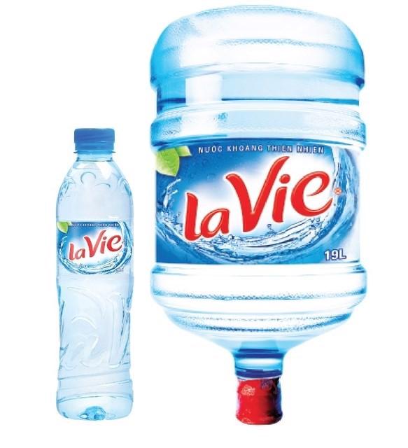 Ảnh 6: Sử dụng nước đóng bình là một giải pháp khả quan để phòng tránh nhiễm độc Asen. (Nguồn: Internet)