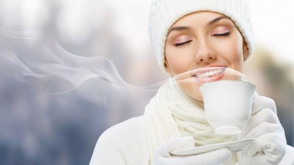 Nước ấm làm giảm các triệu chứng xoang