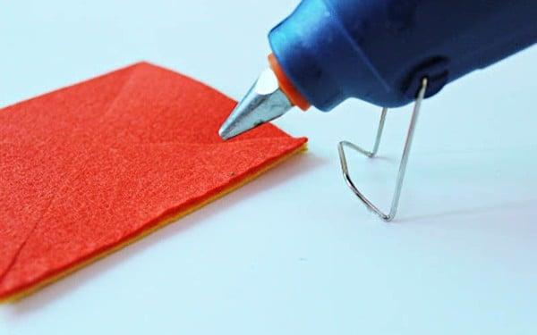 cách làm chong chóng bằng vải nỉ